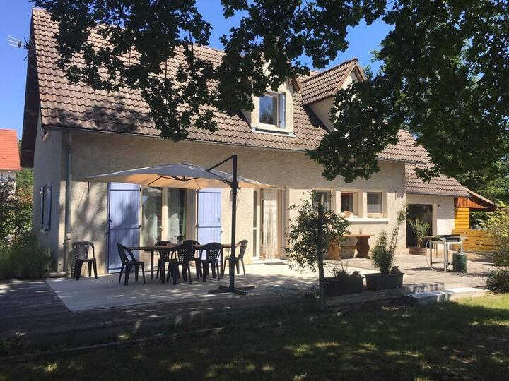 Holidays House 'Jolybois'