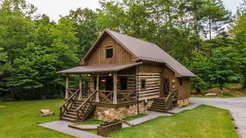 Cowboy Cabin - Four Fillies Lodge