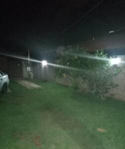 Iluminação noturna agradável segura