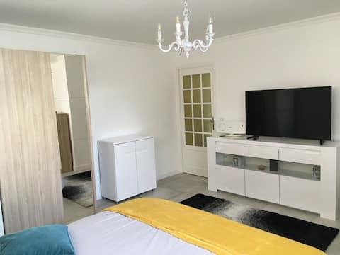 logement indépendant 2 chambres au RDC d'1 maison