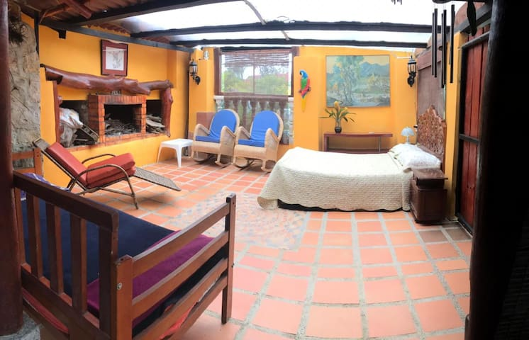 Montecito Tent - G l a m p i n g