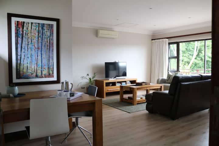Tranquil luxury apartment in Simbithi Estate