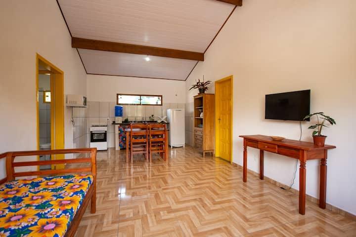 Suíte em Paraty- Casa nova no Caborê