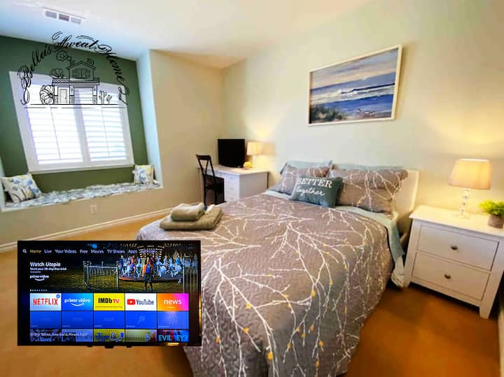 Cozy,Stylish,Quiet,TV,Bay window, Bedroom