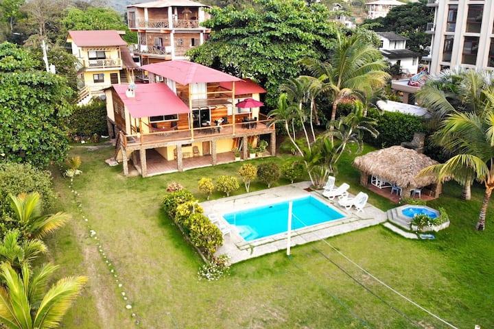 Rustic Oceanfront House - The Villa at Montañita