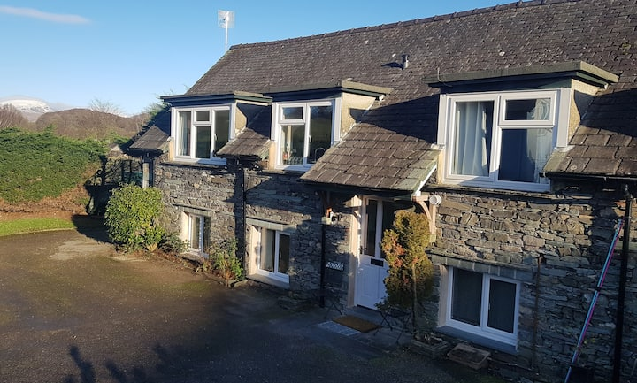 Stone barn conversion in the Heart of the Lakes
