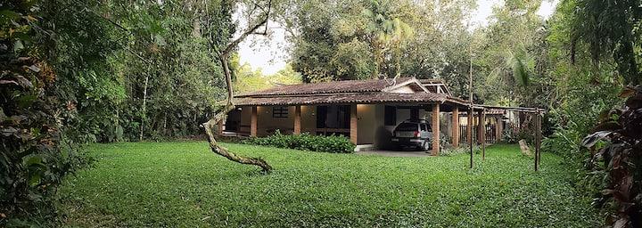 Casa rústica em Juquehy-Litoral Norte/São Paulo.