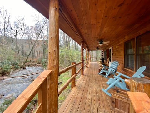 Serene Creekside Log Cabin