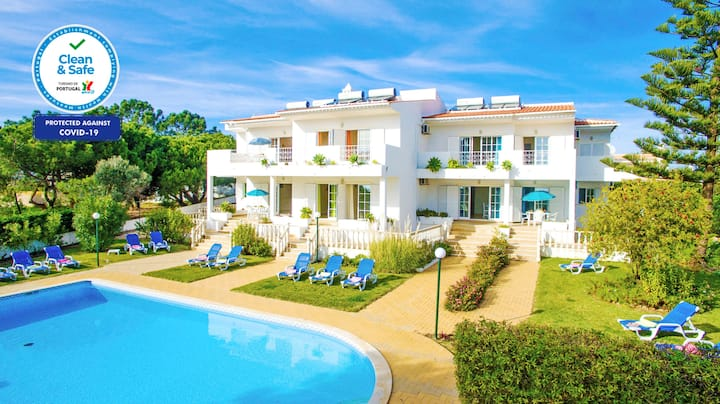 LOVELY APARTMENT BV 5, POOL VIEW & HEATABLE POOL