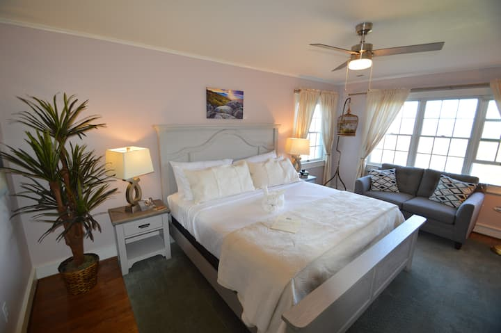 Valley View Room - Brierley Hill Bed and Breakfast