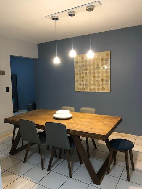 Cómoda casa con excelente ubicación y precio