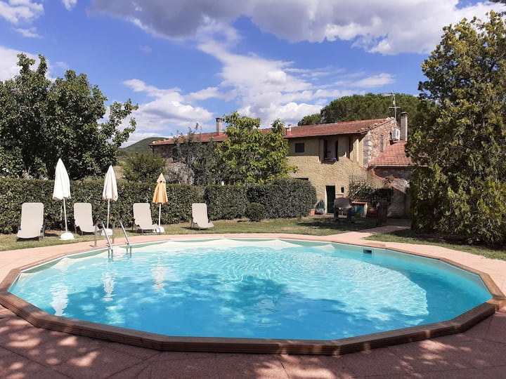 Nice Tuscan lodging in a lovely farmhouse,pool,A/C