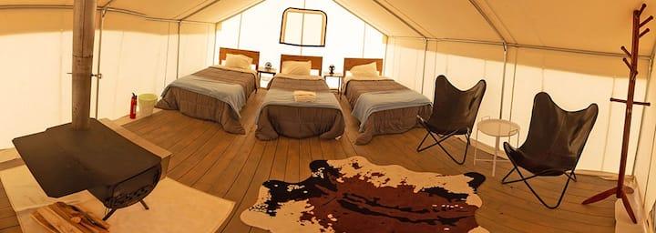 Rustic Rook Resort Homestead Tent - (3) Single