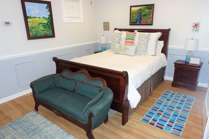 Mt. Pleasant Charming Suite near Beach, Charleston