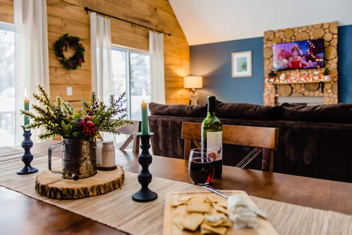 The NH Getaway   Updated & Pet-Friendly with Views