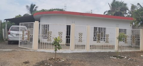 Confortable casa de campo en Celestino Gazca