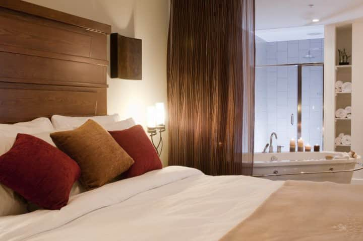 Luxury Condo Perfect for Romantic Weekend Getaway