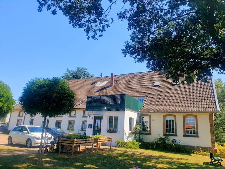 100qm mit toller Dachterrasse im alten Bauernhaus
