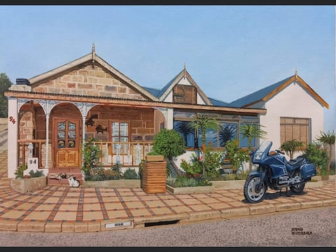 Mossel Bay Central:  work/getaway/romance