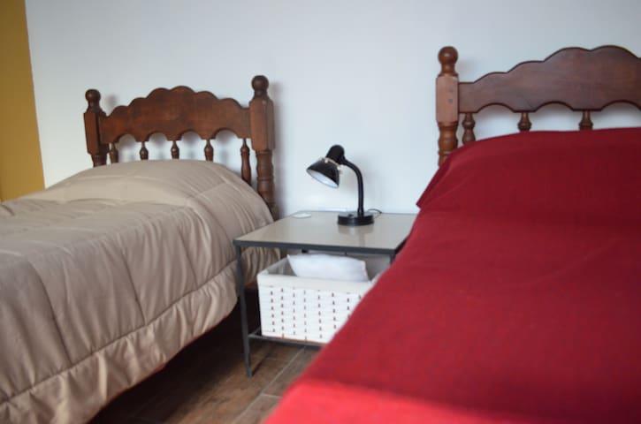 Studio Casa. Habitación privada 2 camas