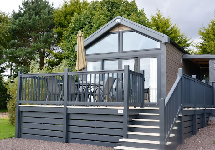 Glamping Pod with Private Hot Tub (Pod 2)