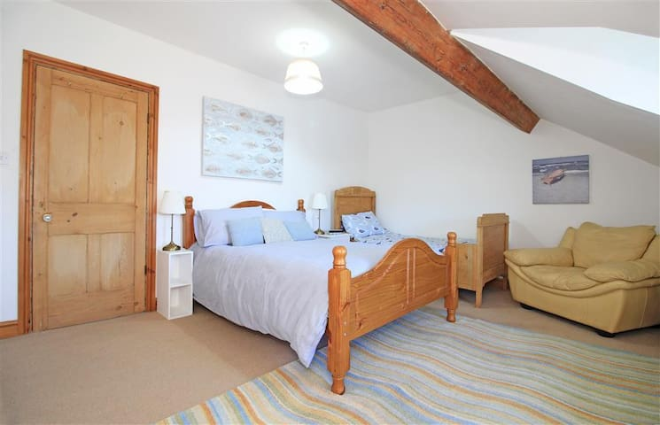 Bedroom 1: this bedroom has 1 double bed and 1 single bed (2nd floor)