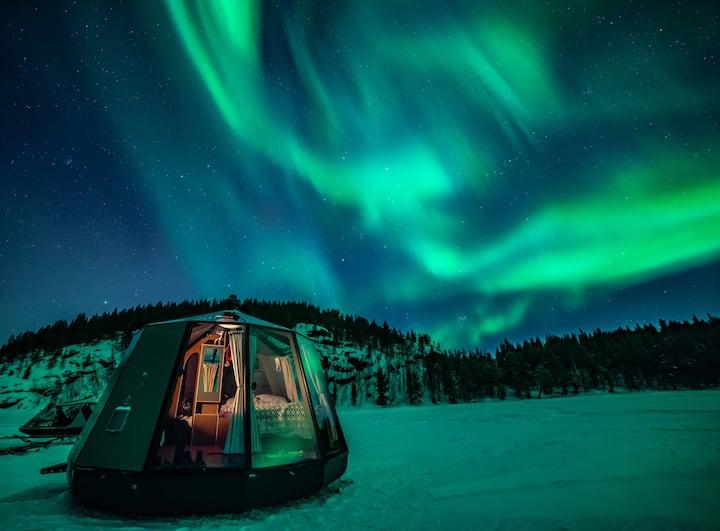 Aurora Hut on the Torne River 2
