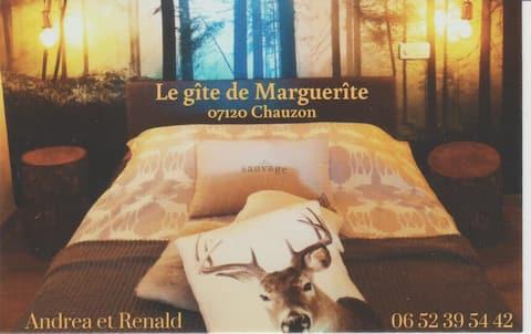 """Gite de charme et de confort """"Sud Ardèche""""!"""