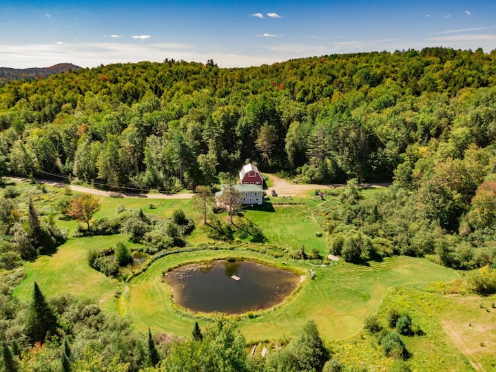 Beautiful private home on 75 acres but 5 min rt 2