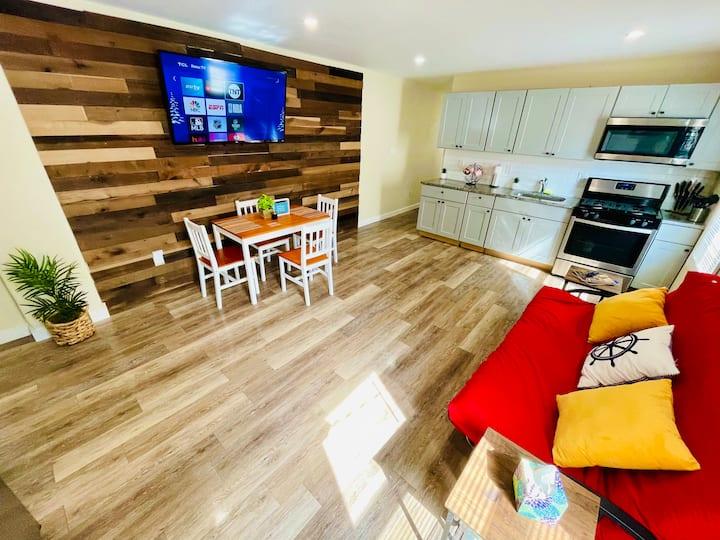 ★ Spacious Renovated Beach Apartment #1