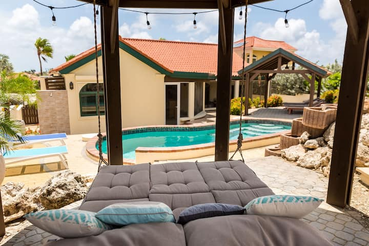 Villa at TierradelSol 5beds 5.5baths, private pool