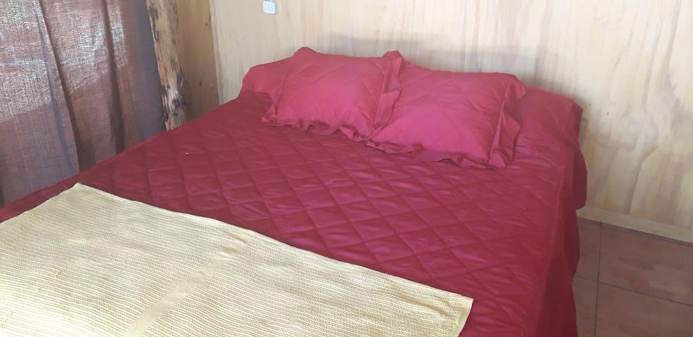 Dormitorio 1 cama matrimonial
