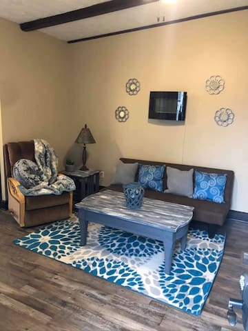 Charming, Clean, New, Cozy, & Close to All!