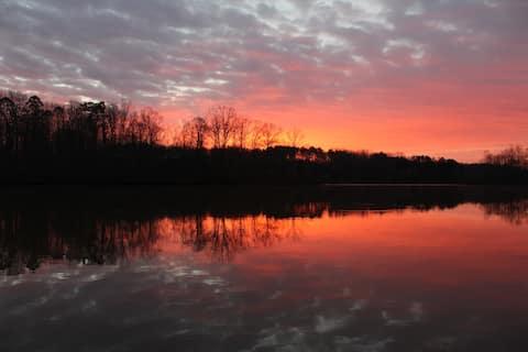 Saritaville - your Lakefront Paradise