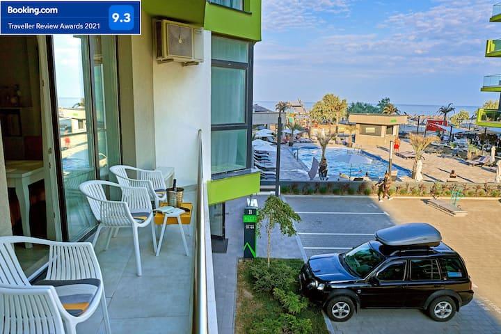 Apartment Sunshine -2 BR - Beach Resort - sea view