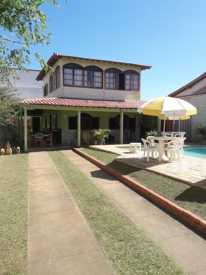 Alugo Linda casa com piscina em Jaconé/Saquarema.