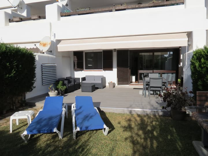 Cala D'Or Beautiful  modern apartment, garden, BBQ