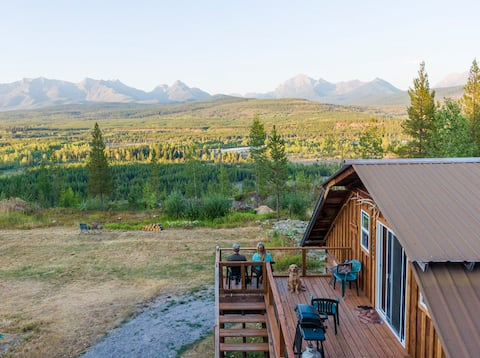 Loft apartment overlooking Glacier National Park
