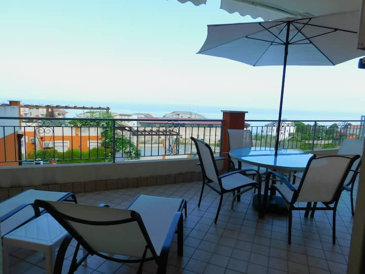Casa Tramonto 1 Bed with large terrace & Sea View