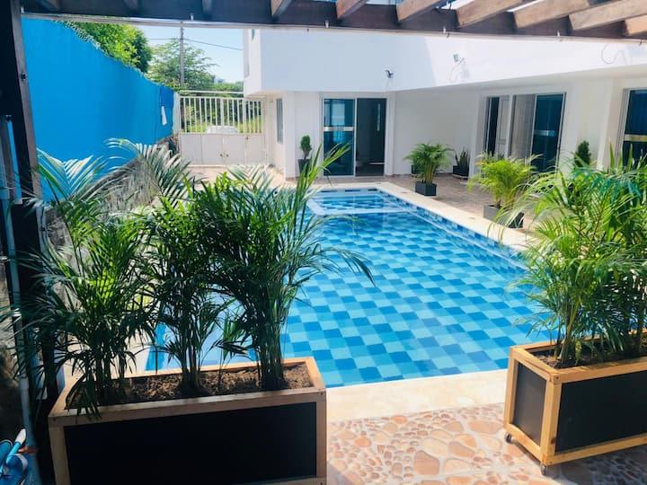 Casa Nueva Con Piscina Urbanizacion con Playa
