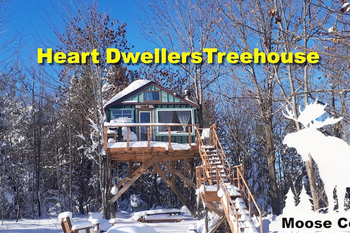 Heart-Dwellers Treehouse, Custom & Hand Crafted