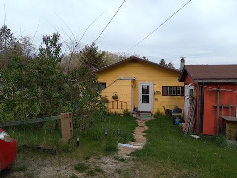 Zaagi'idiwin Cottage Lodge