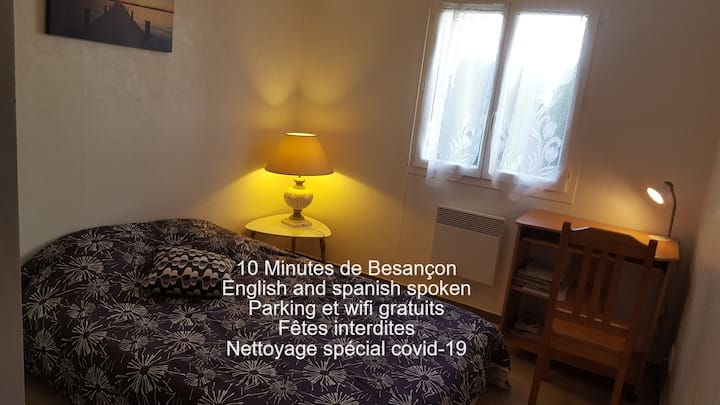 1 bedroom + office in Montfaucon house