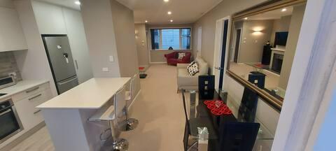 ウォータービューの2寝室アパート。