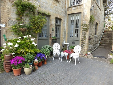 The Old Coach House Self Contained Bed & Breakfast