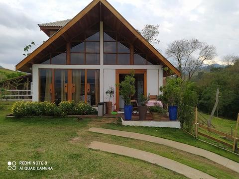 Refúgio ideal para home office, ISOLAMENTO, PET