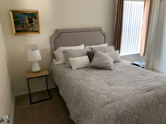 Upstairs: Guest bedroom with full/double bed