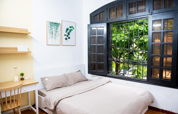 Private room near Hanoi University