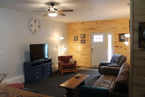 Knotty Pine Resort @ Hubbard Lake