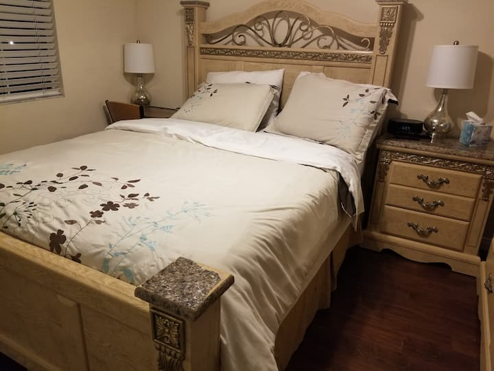 Charming Room- Bath,Washr/Dry,FireTV&Netflix